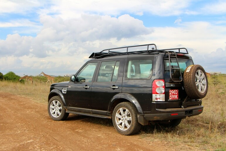 Land-Rover-LR4-Africa-standard-voyager-roof-rack-rear-tire-carrier-access-ladder-off-road-Voyager-Offroad