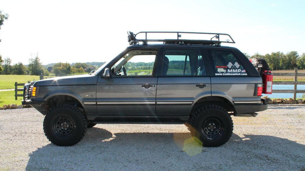 Land-Rover-Range-Rover-P38-off-road-challenge-voyager-roof-rack-side-Voyager-Offroad.jpg