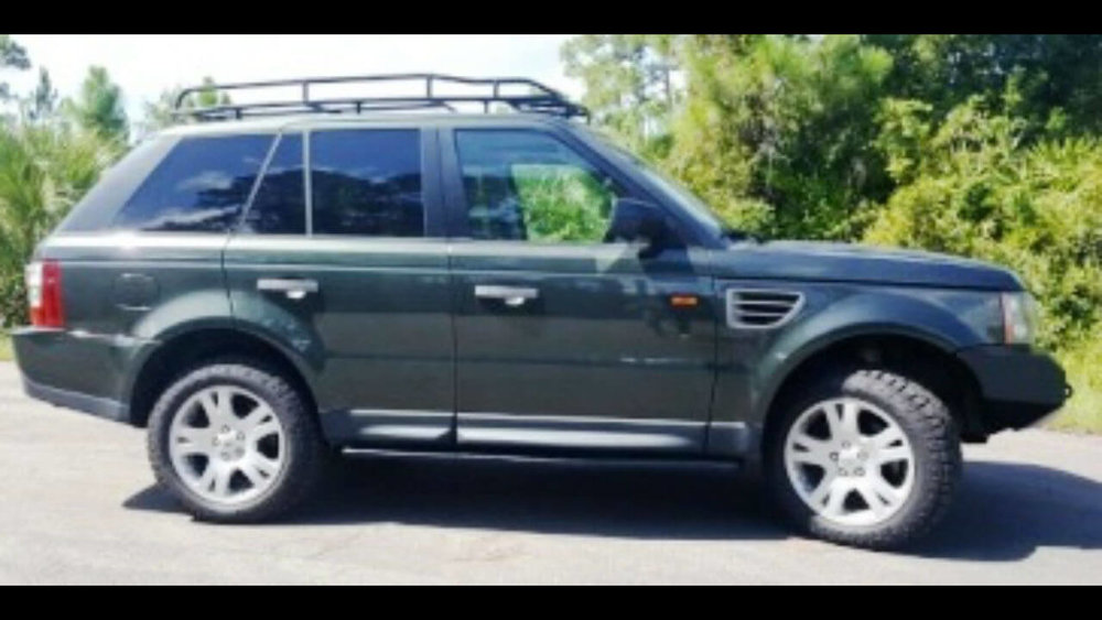 Land-Rover-Range-Rover-Sport-off-road-voyager-front-winch-bumper-rock-sliders-side-Voyager-Offroad.jpg
