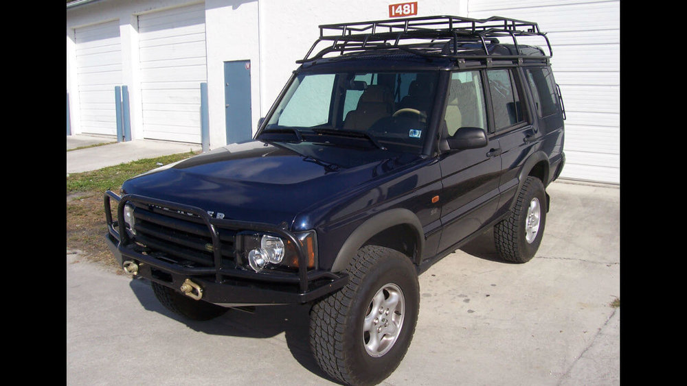 Land-Rover-Discovery-Series-II-Voyager-roof-rack-front-off-road-Voyager-Offroad.jpg