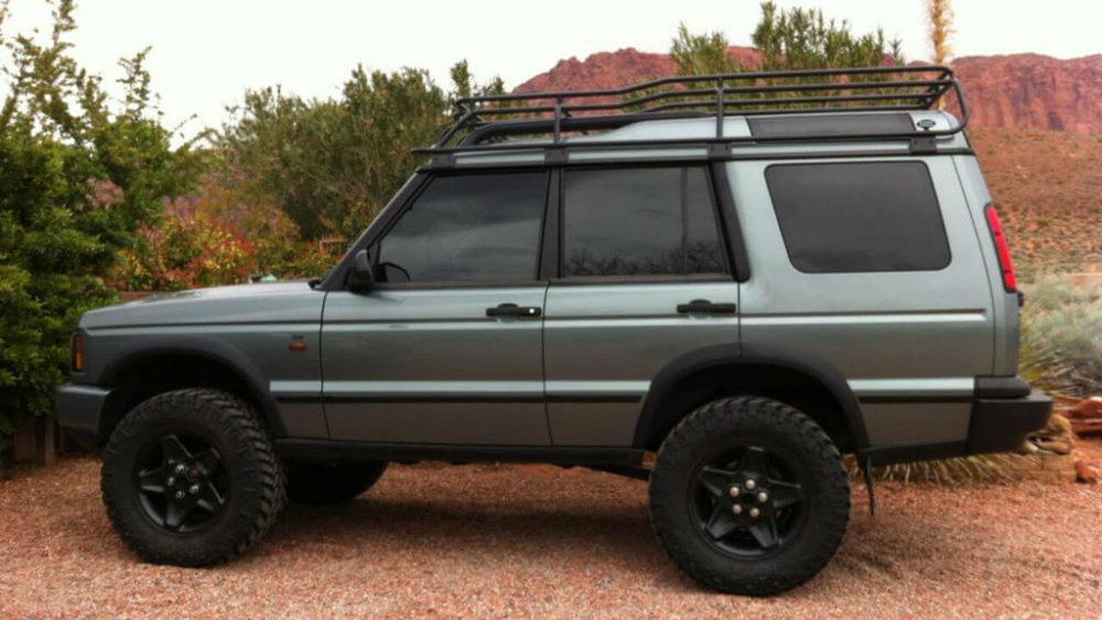 Land-Rover-Discovery-Series-II-Voyager-low-profile-roof-rack-side-off-road-Voyager-Offroad.jpg