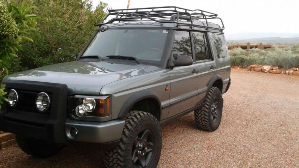 Land-Rover-Discovery-Series-II-Voyager-low-profile-roof-rack-off-road-Voyager-Offroad.jpg