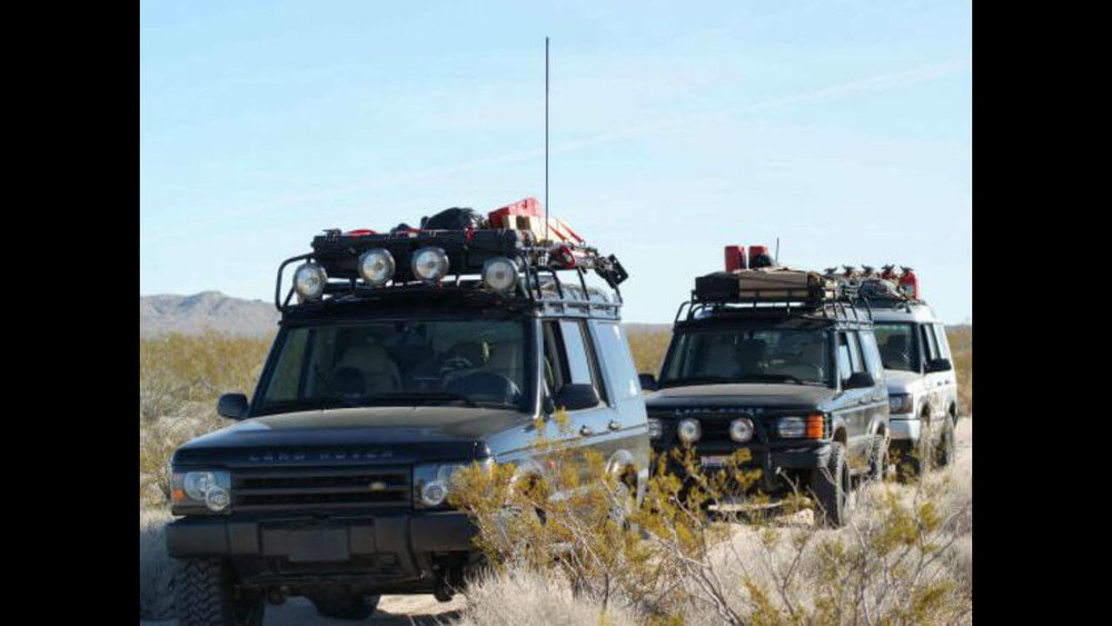 Land-Rover-Discovery-Series-II-overlanding-Voyager-roof-rack-Voyager-Offroad.jpg