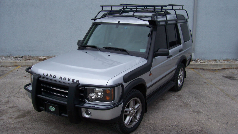 Land-Rover-Discovery-Series-II-Voyager-roof-rack-snorkel-side-off-road-Voyager-Offroad.jpg