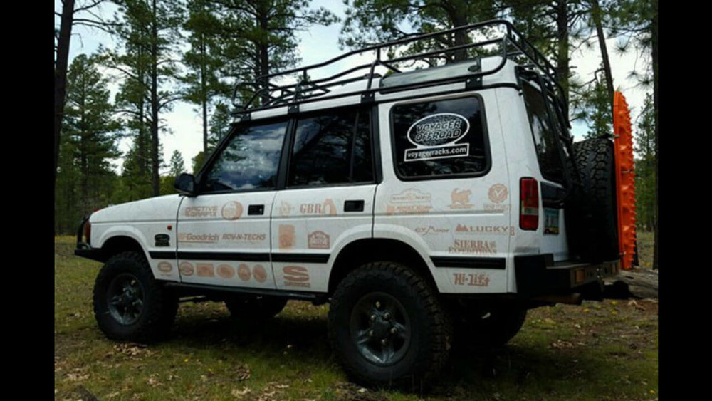 Land-Rover-Discovery-Series-I-Voyager-roof-rack-side-off-road-Voyager-Offroad.jpg