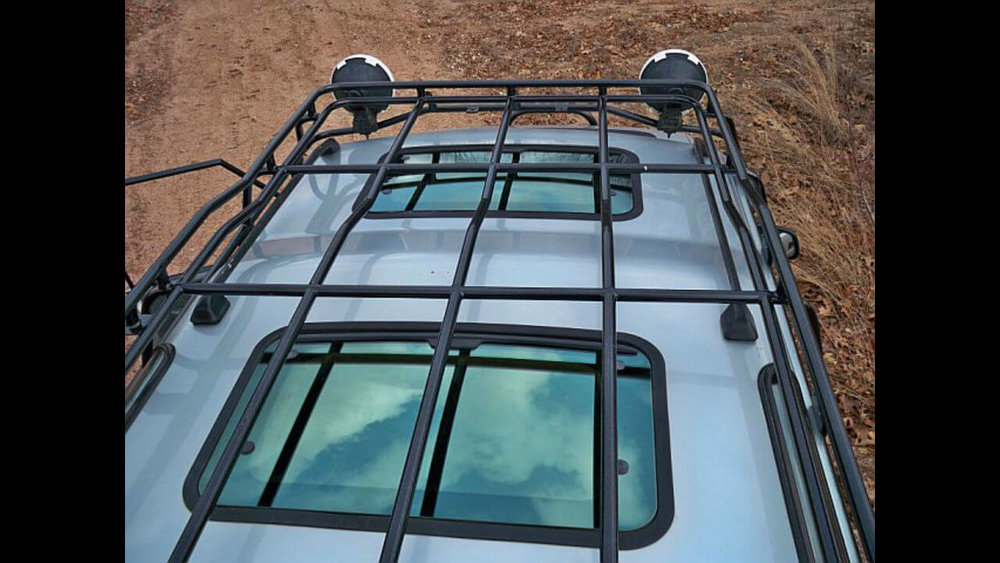 Land-Rover-Discovery-Series-I-Voyager-roof-rack-top-front-off-road-Voyager-Offroad.jpg