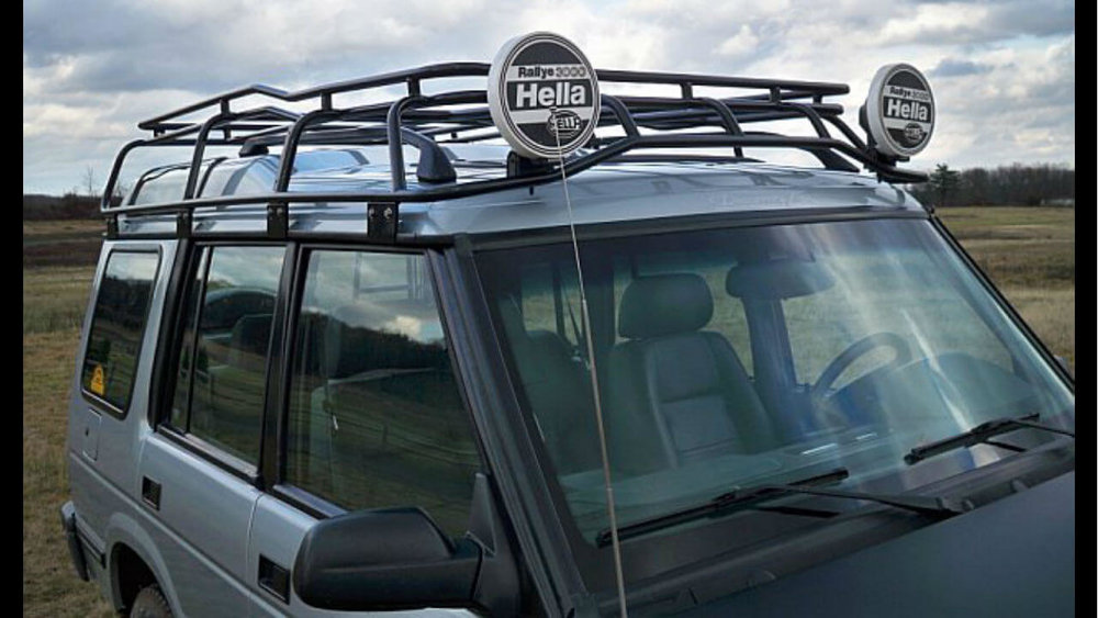 Land-Rover-Discovery-Series-I-Voyager-roof-rack-off-road-Voyager-Offroad.jpg