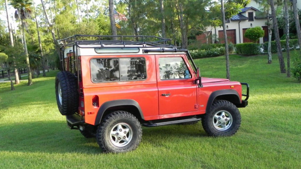 Land-Rover-Defender-90-NAS-D90-roof-rack-side-Voyager-Offroad.JPG