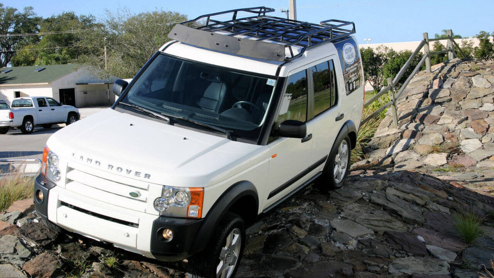 Land-Rover-LR3-flat-wind-fairing-standard-off-road-roof-rack-Voyager-Offroad.jpg