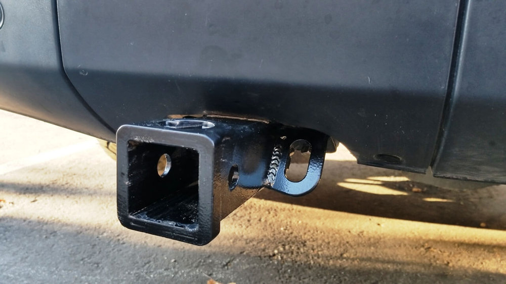 Land-Rover-LR4-rear-hitch-receiver-off-road-Voyager-Offroad