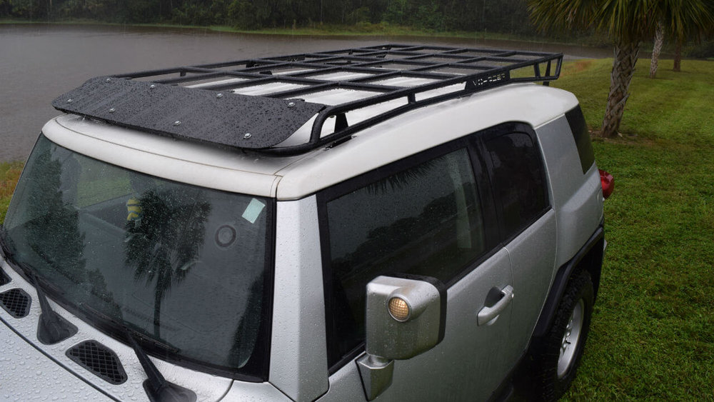 Toyota-FJ-Cruiser-off-road-roof-rack-aerial-Voyager-Offroad.JPG