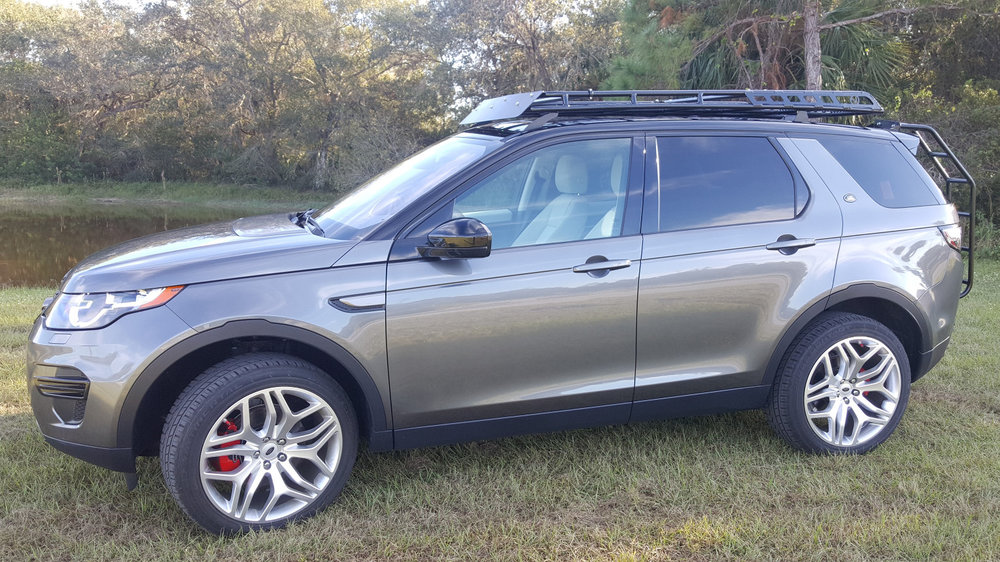 Land-Rover-Discovery-Sport-off-road-roof-rack-drivers-Voyager-Offroad.jpg