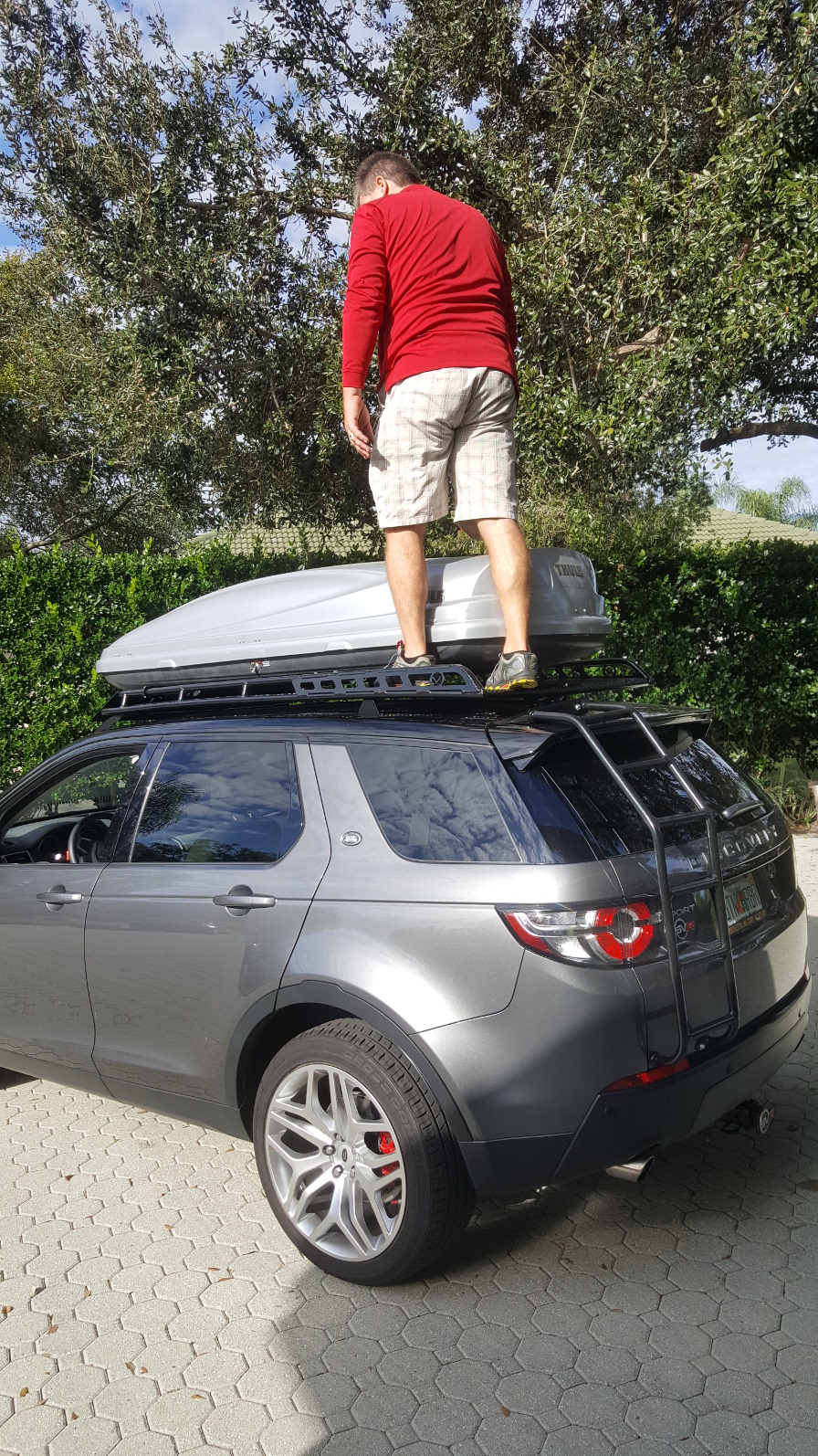 Voyager-Offroad-Land-Rover-Discovery-Sport-Rear-Ladder-Loaded-on-top.jpg