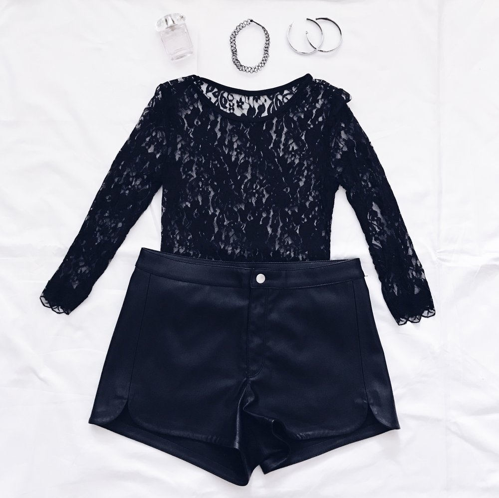 Leather Shorts: H&M    Black Lace Top: Tidebuy    Hoop Earrings: Nordstrom    Wire Choker: Dolls Kill    Perfume: Versace