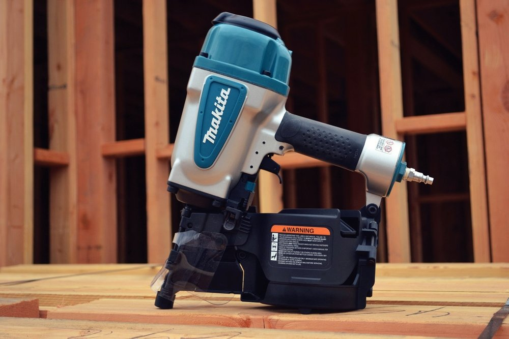 Framing Coil Nailer - Used for heavy duty applications where the holding power of a large nail is required.