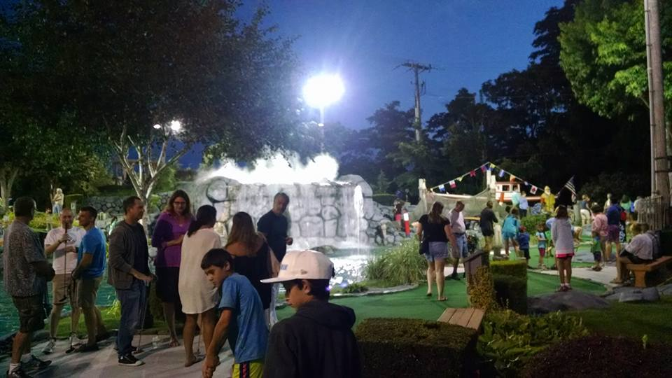 golf at night with lots of people.jpg