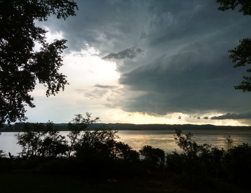 Approaching storm over the Missouri River, June 29, 2017