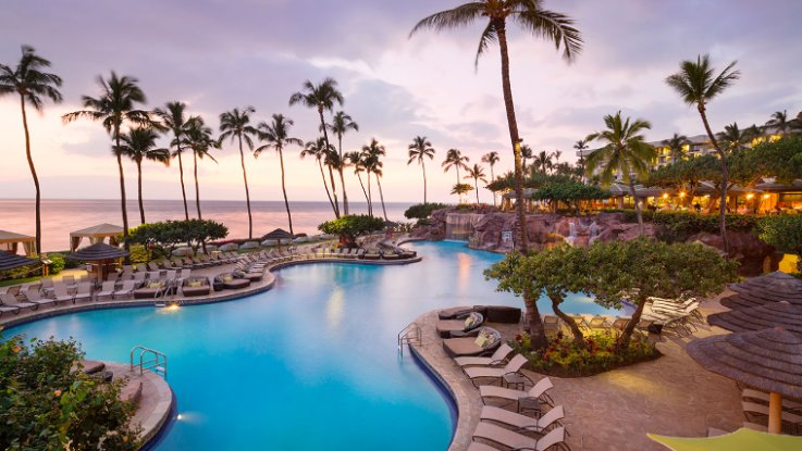 ONCE YOU SEE YOUR FIRST MAUI SUNSET, YOU'LL NEVER WANT TO LEAVE. IMAGE COURTESY OF THE  HYATT REGENCY MAUI