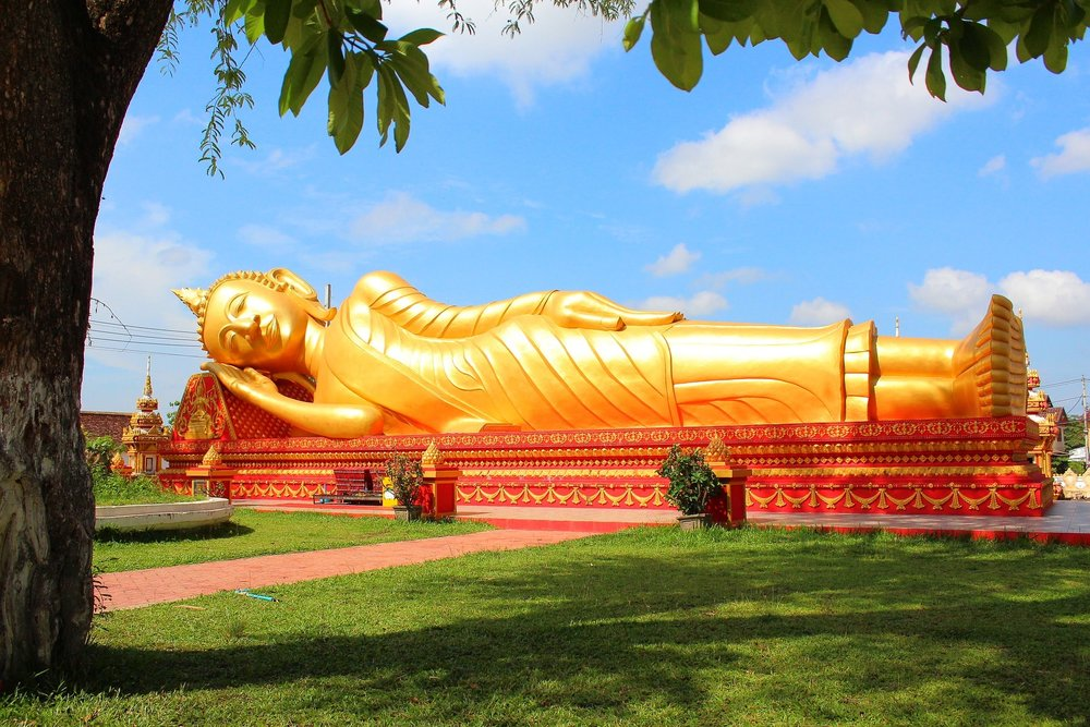 Golden Reclining Buddha.jpg