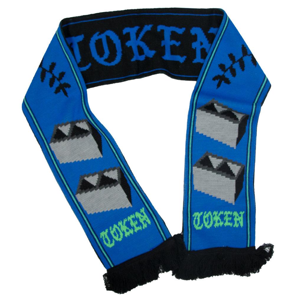 blue scarf 1.jpg