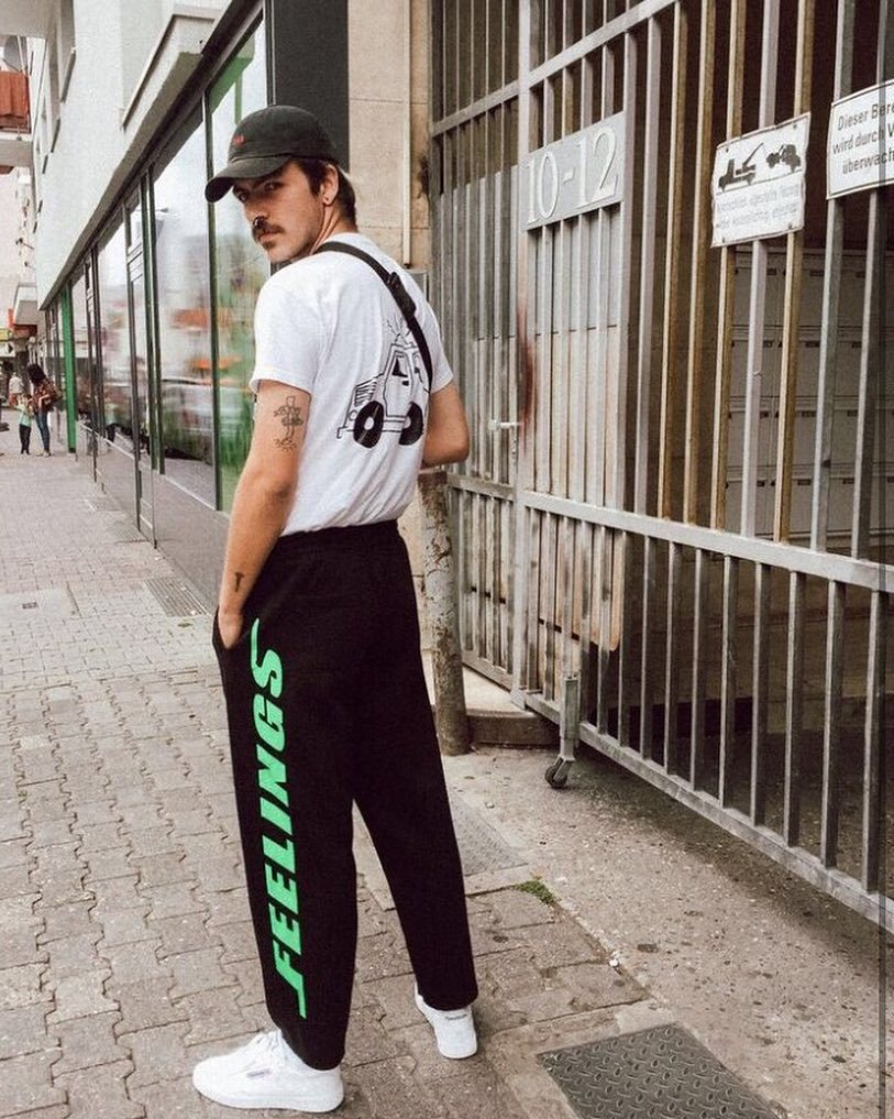 Nicola in the 'Canal' sweatpants http://ift.tt/1oYDiXQ http://ift.tt/2vboqKo