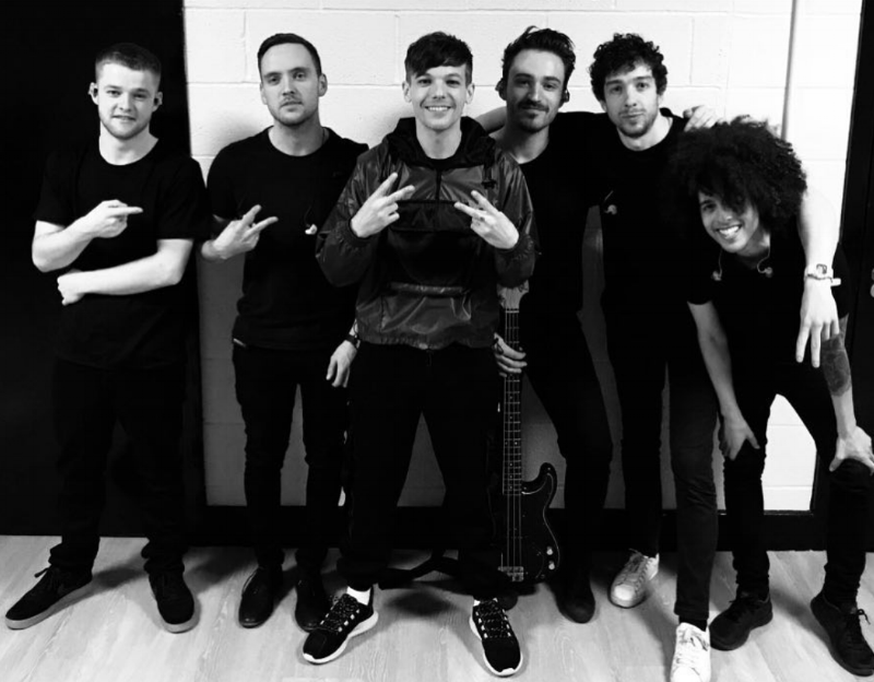 Backstage  at Key 103 Live, Manchester | Louis and his band | L-R |  Zak Craner  |  Aaron Williams  |  Louis Tomlinson  |  Rich Zbaraski  |  David Dyson  |  Mafro