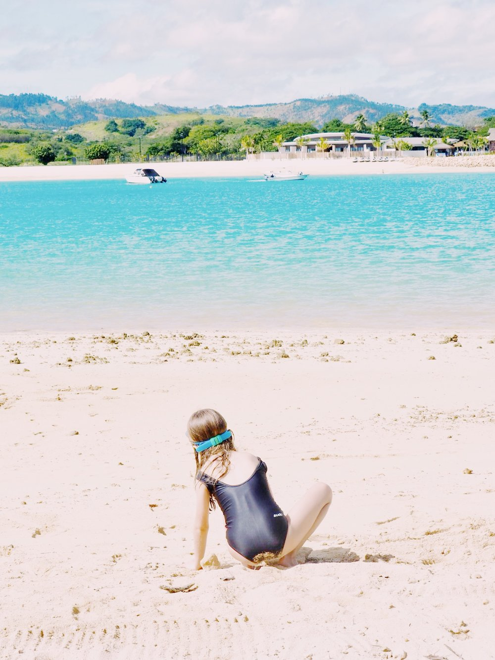 Sandy beaches and calm water, ideal for kids wanting to play in the sand.