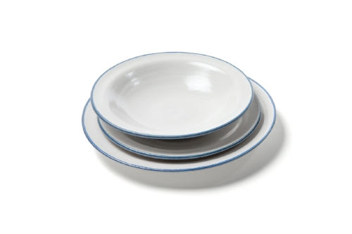 bistro:  tableware in tin white/blue