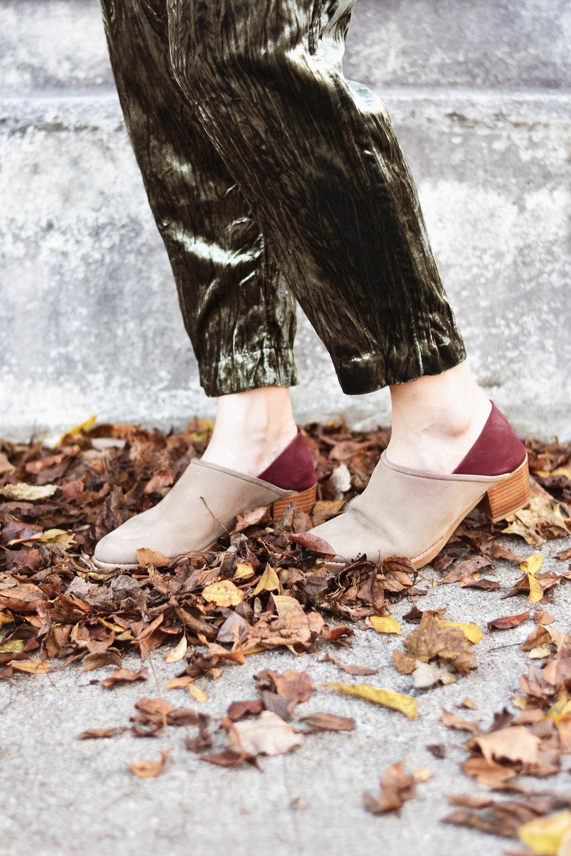 greenvelvetshoes1.jpg