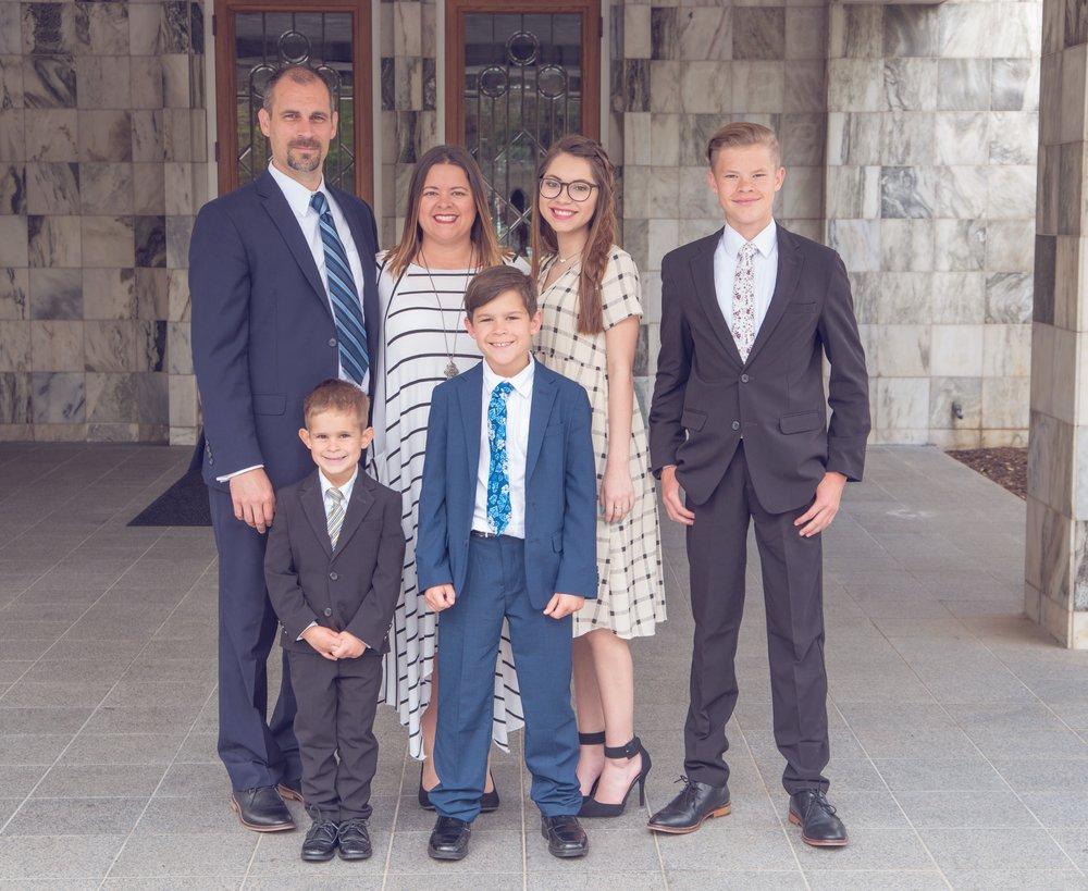 #3 Article_Family Photo.JPG