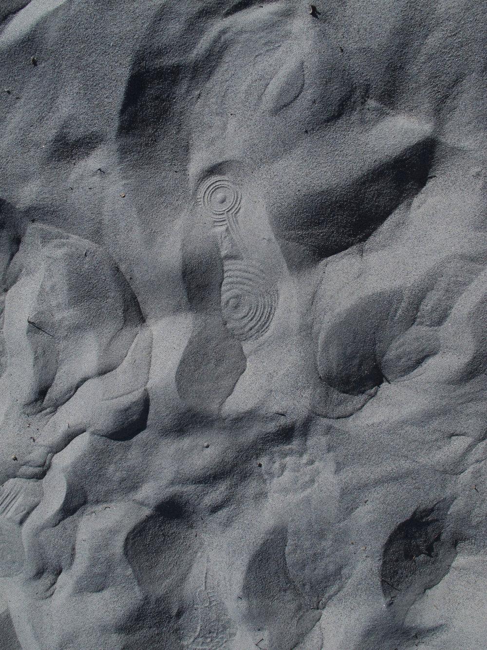 dv-dune-circle.jpg