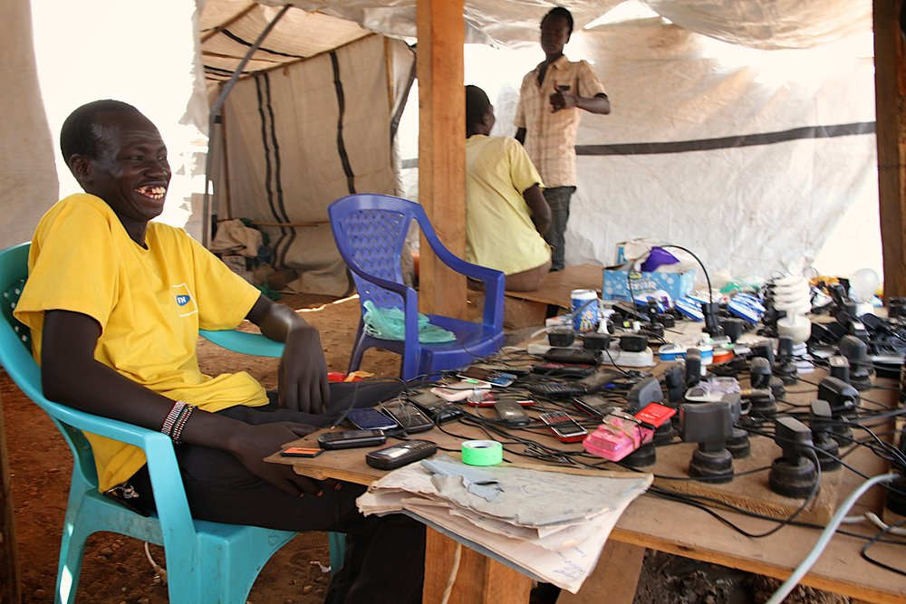charging-mobile-phones-in-southern-sudan-codeinnovation.com-why-mobile-is-eating-development.jpg