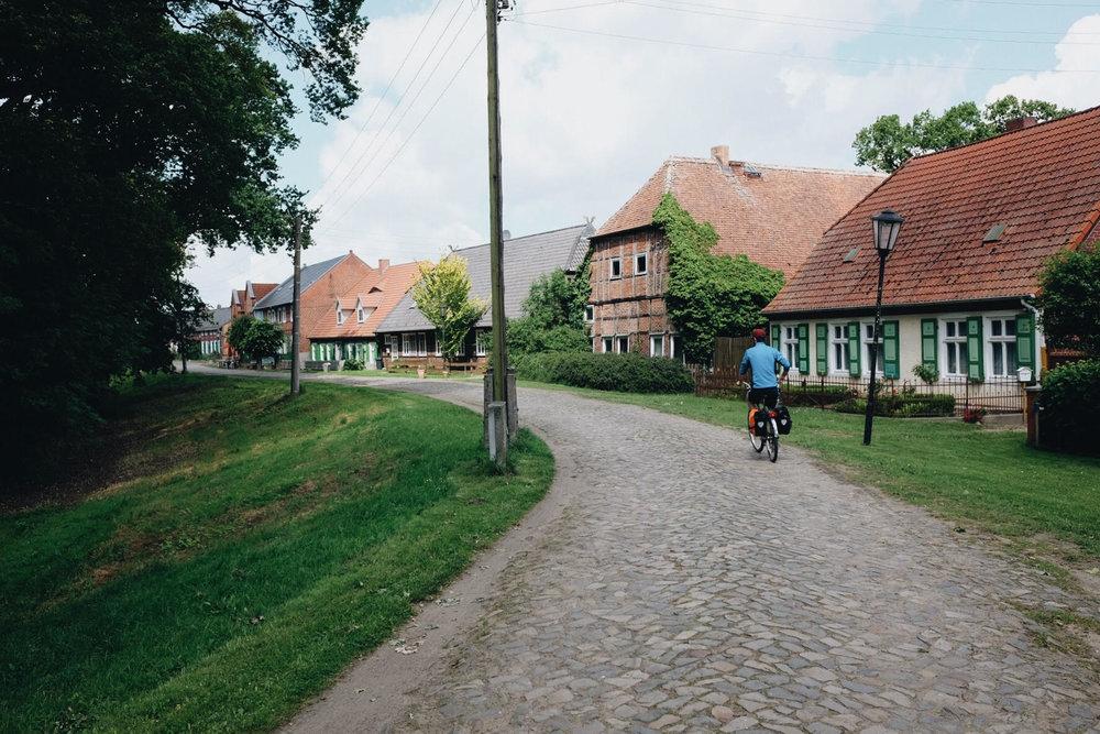 Elberadweg_07.jpg