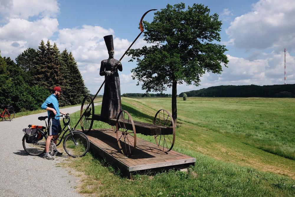 Skulptur_Mödlich.jpg