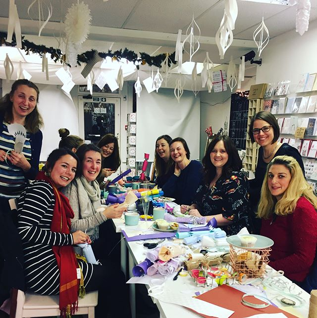 A lovely group of mums joined us last night for our final workshop of the festive season (don't worry we will be back in the new year with more!) thank you for joining us ladies and to everyone who attended a workshop this year! Here's to another amazing year 💪🏼🎄