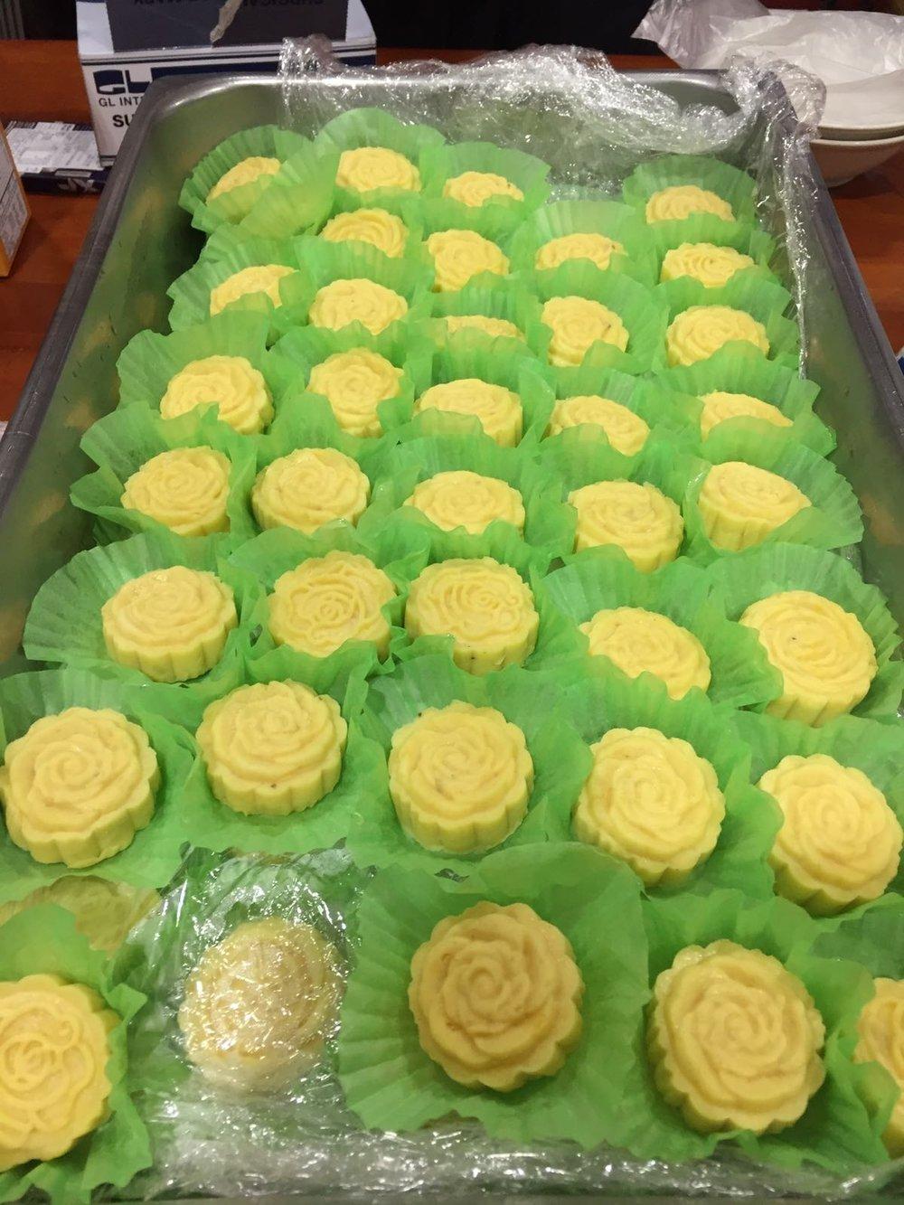 绿豆粉加苦菜油的玫瑰花点心