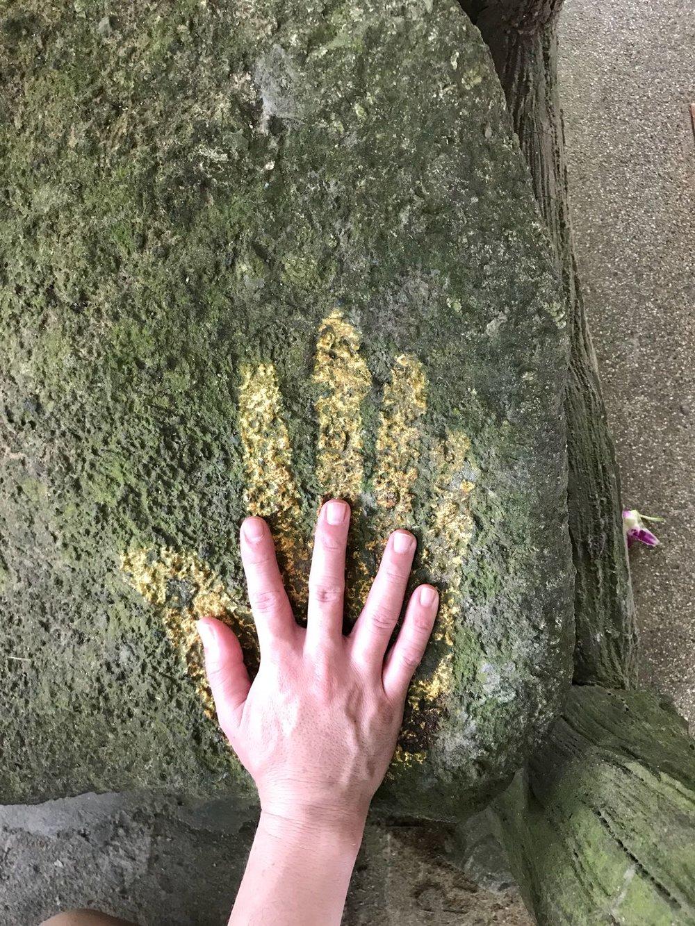 佛陀的遗迹-巨大的掌印