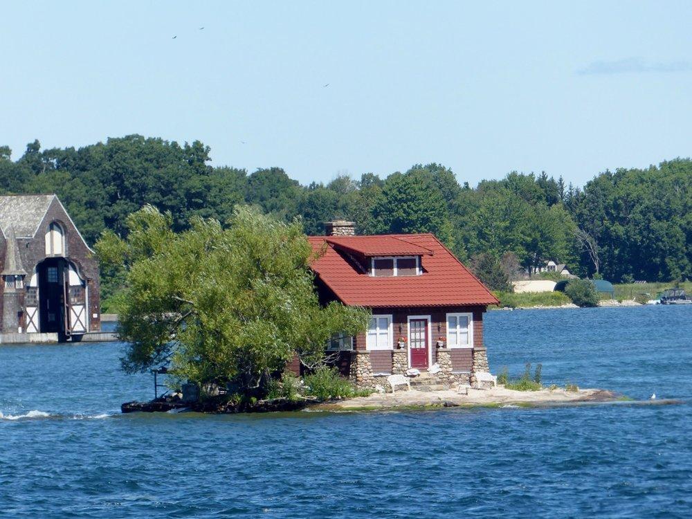 eine der über 1000 Inseln