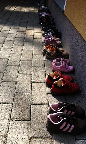 Schuhe in der Kita