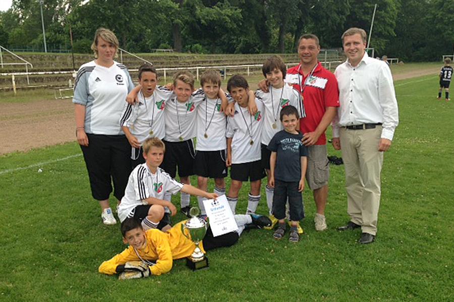 Gottfried mit der Siegerteam vom SV Buchholz