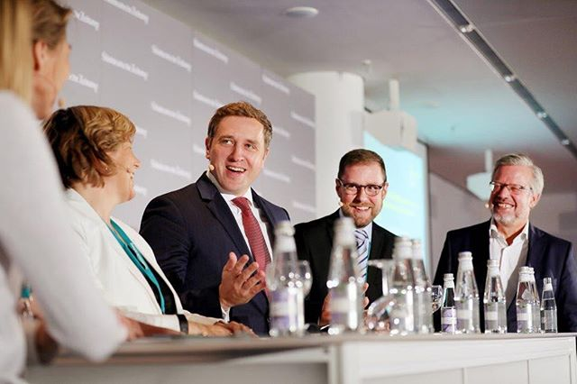 "Sometimes ""digital healthcare"" can be a lot of fun 😉 Especially during discussions with my wonderful colleagues from Denmark (Nanna Skovgaard), Sweden (Annemiene Älenius) and the European Commission (Horst Krämer) last Tuesday. Thanks @sz for having us. #connectingeurope #digitalhealth #movingforward #esgehtvoran  Bildnachweis: SZ / Anna McMaster"