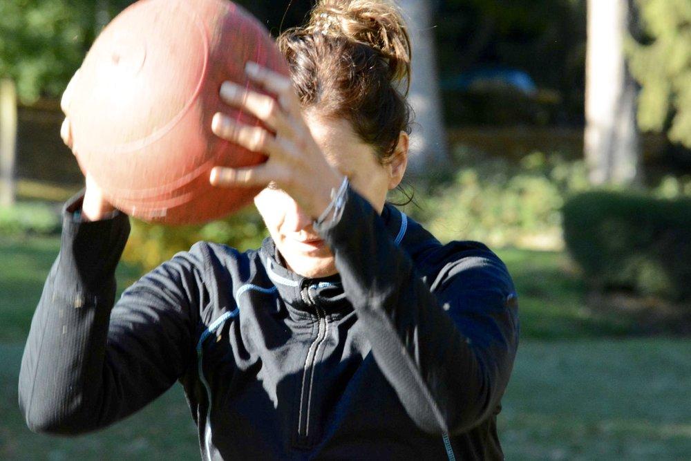 - Mit diesen Tipps holst du endlich mehr aus deiner Trainingszeit raus anstatt Zeit im Gym zu verschwenden.