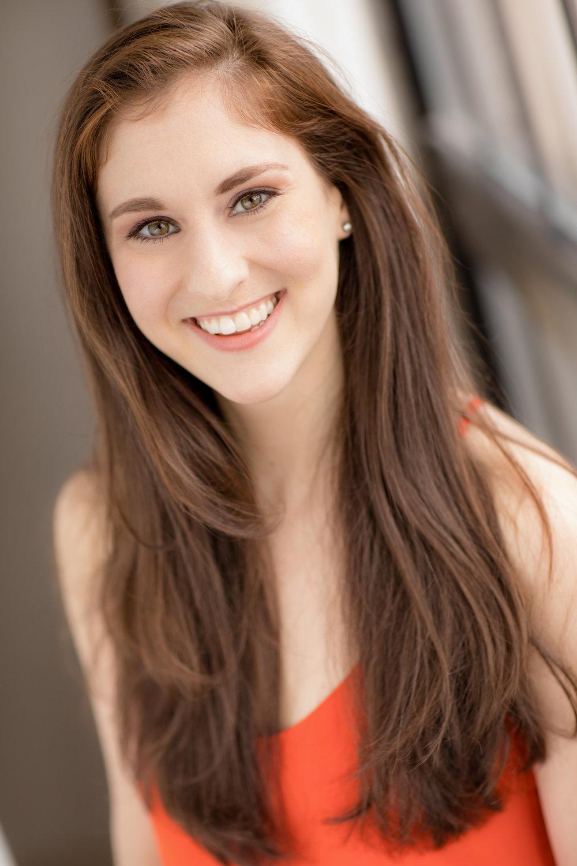 Megan-Magee-Actor-Headshot.jpg