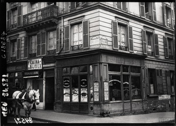 76 rue de Rochechouart - where Landru was finally arrested.