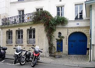 17 rue Chanoinesse