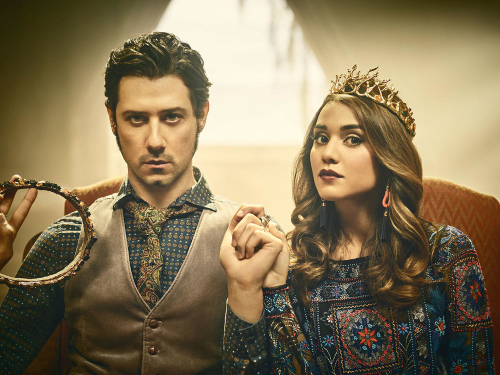 the-magicians-season-2-summer-bishil-hale-appleman.jpg