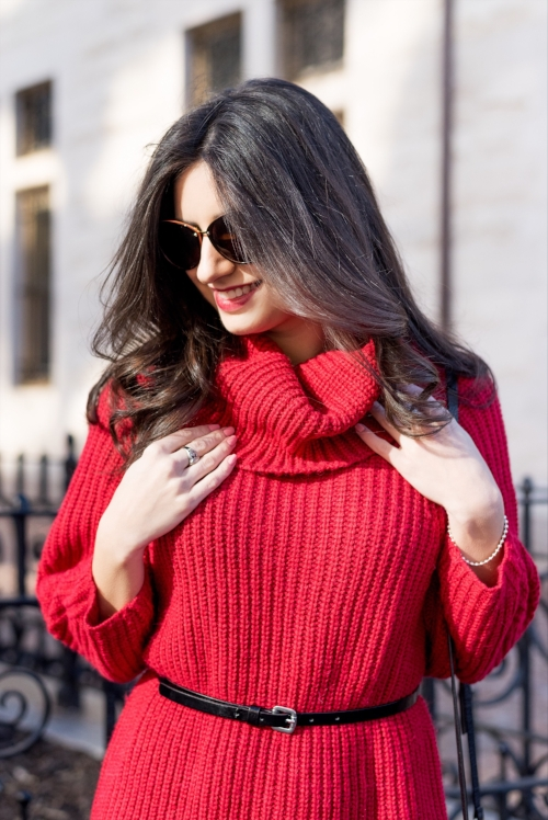 Pretty and Cozy Sweater Dress Outfit for Winter