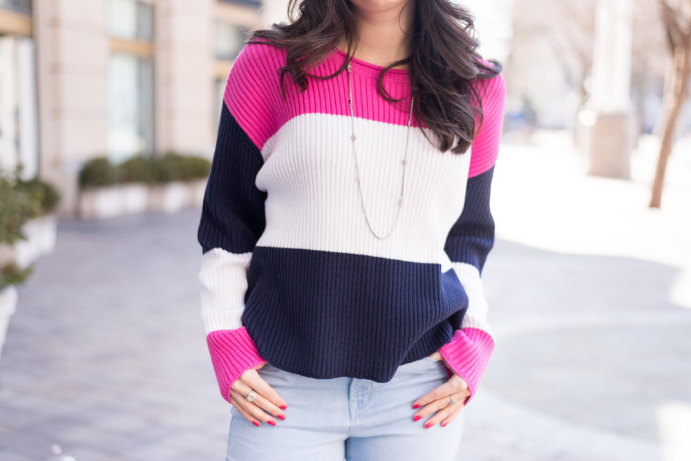 Colorblock Sweater with Long Silver Necklace