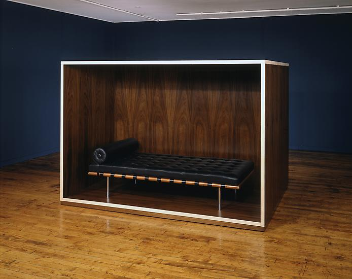 17__Untitled_daybed_coffin_LARGE1.jpg