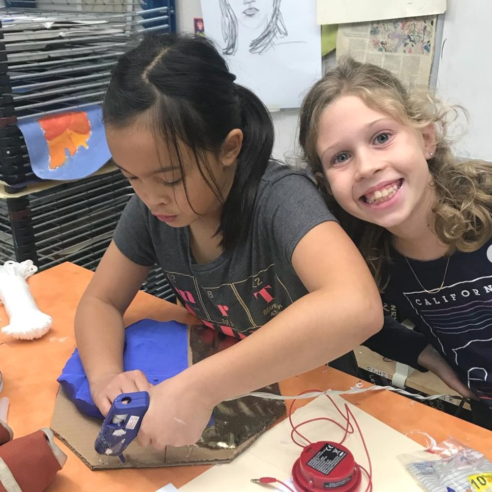 Design Engineering - •Functional programming with Scratch•3D modeling & Printing with TinkerCAD•Prototyping with clay & wood•Implementing sensors with Microbit